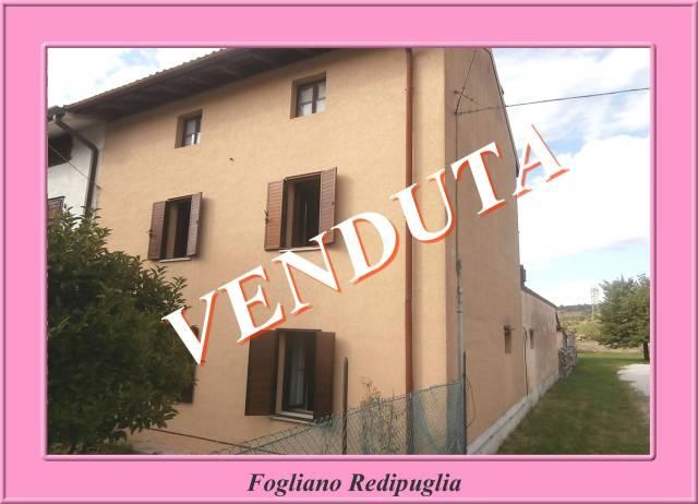 Rustico / Casale in buone condizioni in vendita Rif. 4950236