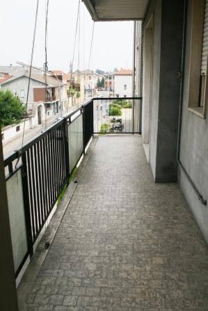 Appartamento in buone condizioni in affitto Rif. 4186487