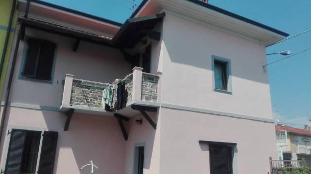 Soluzione Indipendente in vendita a Busto Arsizio, 4 locali, prezzo € 250.000 | Cambio Casa.it