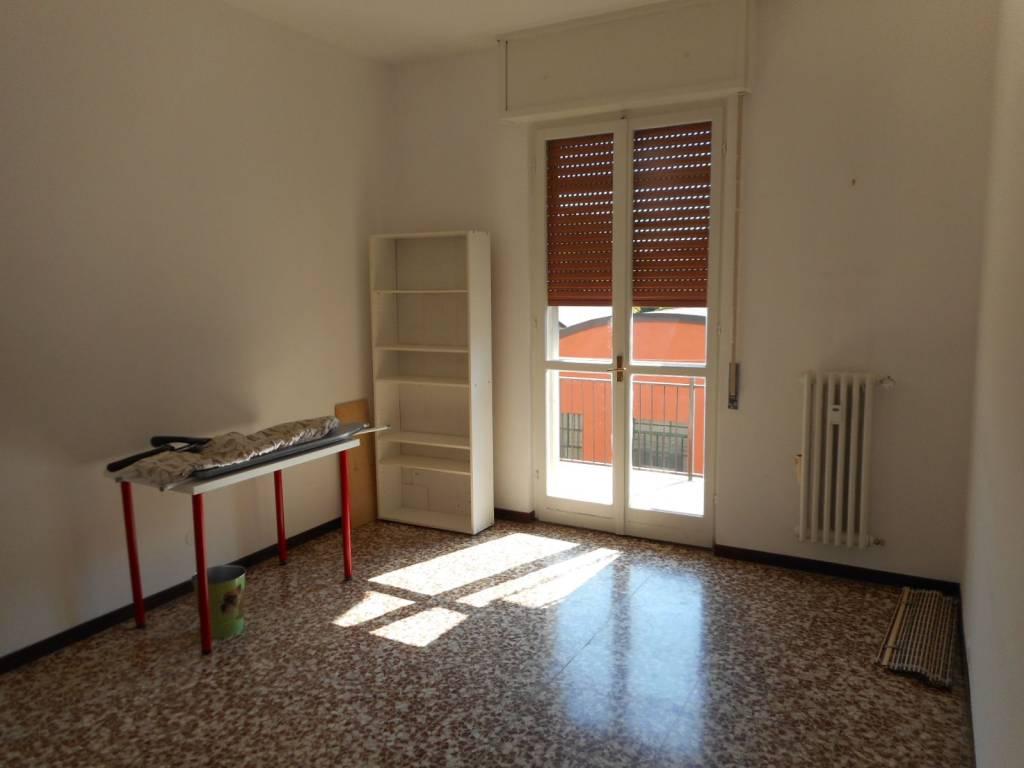 Appartamento in buone condizioni parzialmente arredato in vendita Rif. 9308401