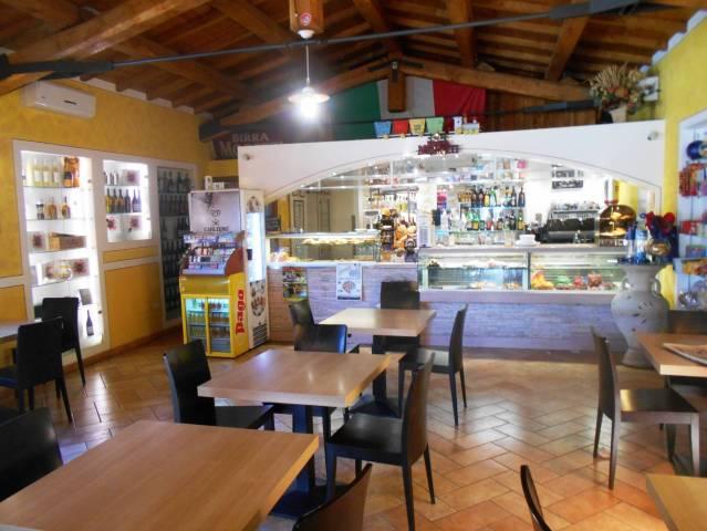 Ristorante / Pizzeria / Trattoria in vendita a Sant'Anatolia di Narco, 3 locali, prezzo € 139.000   Cambio Casa.it