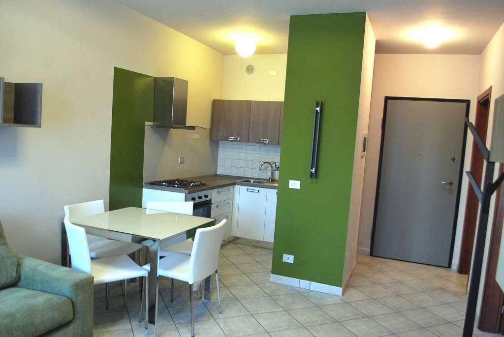 Appartamento in vendita a Alba, 2 locali, prezzo € 149.000   CambioCasa.it