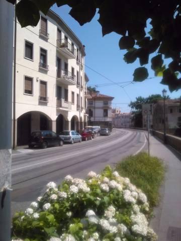 Appartamento in affitto a Padova, 3 locali, zona Zona: 1 . Centro, prezzo € 800 | Cambio Casa.it