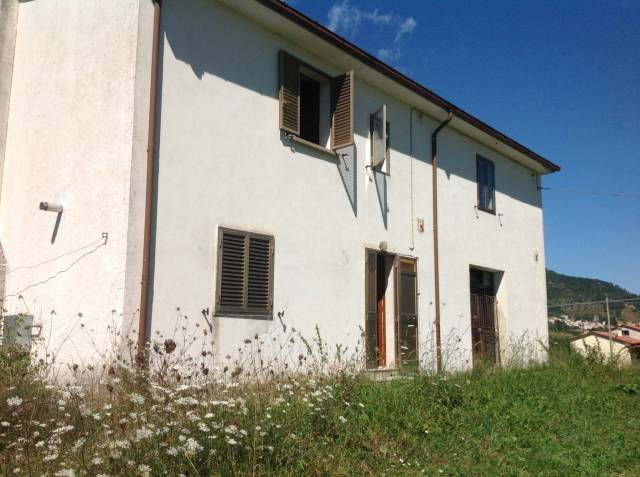 Rustico / Casale in vendita Rif. 4272655