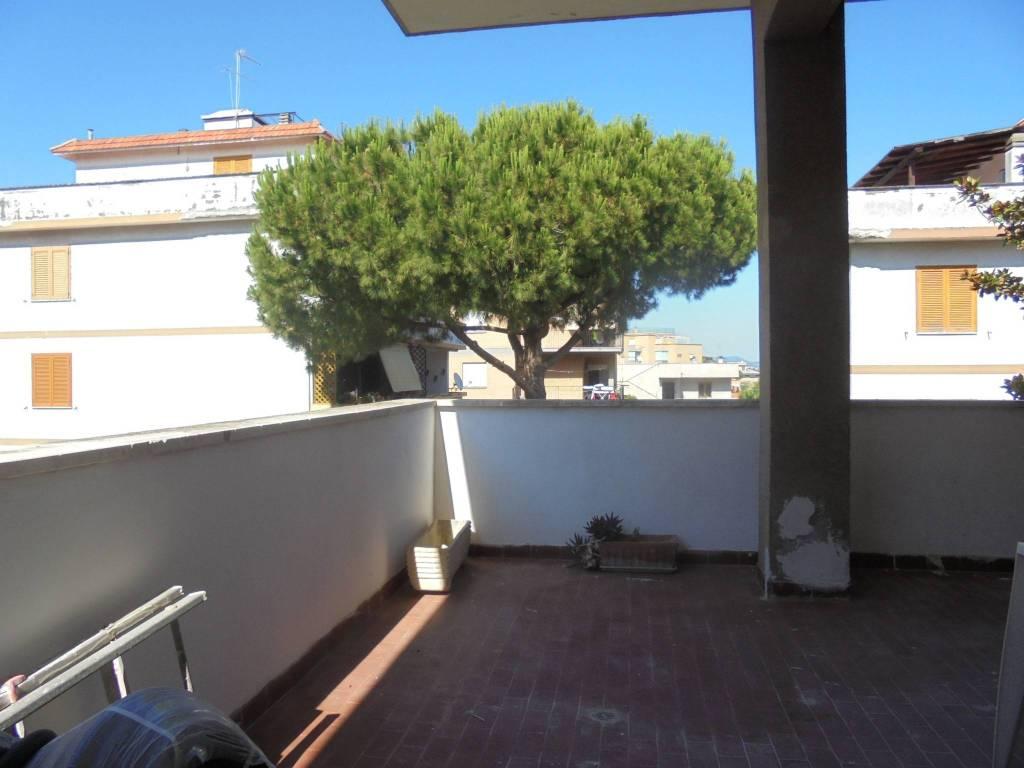 Appartamento in affitto a Santa Marinella, 2 locali, prezzo € 450 | CambioCasa.it