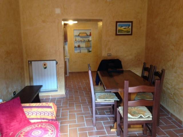 Appartamento in vendita a Capistrello, 3 locali, prezzo € 22.000 | Cambio Casa.it