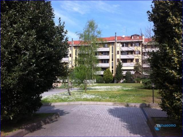 Appartamento in vendita a Cornaredo, 2 locali, prezzo € 140.000 | Cambio Casa.it