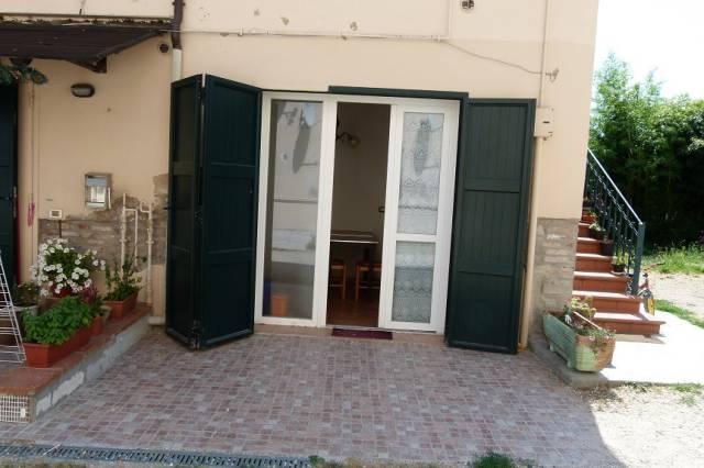 Appartamento in affitto a Castel San Pietro Terme, 1 locali, prezzo € 350 | Cambio Casa.it