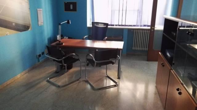 Ufficio / Studio in affitto a Lecce, 3 locali, prezzo € 500 | Cambio Casa.it
