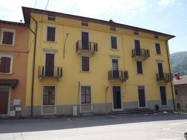 Appartamento in Vendita a Val Brembilla