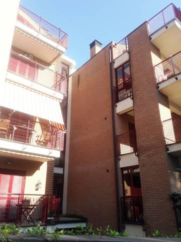 Attico / Mansarda in affitto a Genzano di Roma, 4 locali, prezzo € 650 | Cambio Casa.it