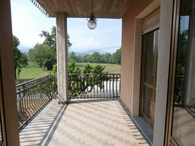 Appartamento in Affitto a Mondovi' Periferia: 3 locali, 80 mq