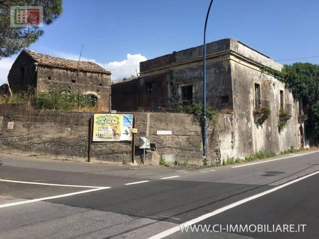 Rustico / Casale in vendita a Viagrande, 9999 locali, prezzo € 280.000 | Cambio Casa.it