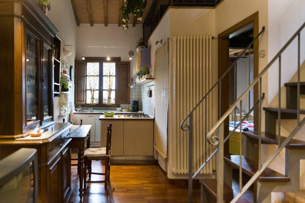 Appartamento in ottime condizioni parzialmente arredato in vendita Rif. 7847257