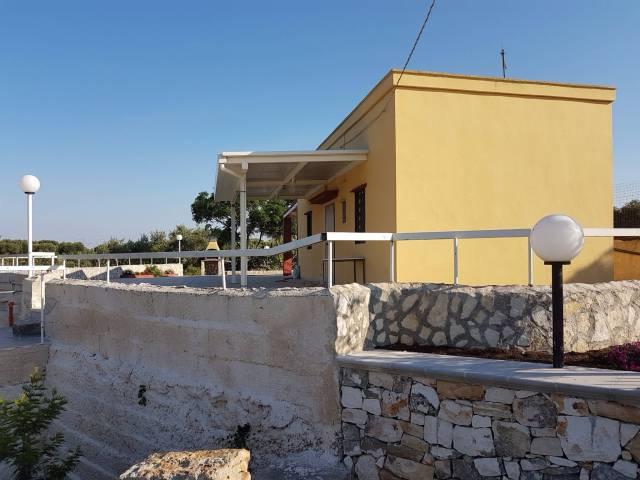 Casa indipendente bilocale in affitto a Polignano a Mare (BA)