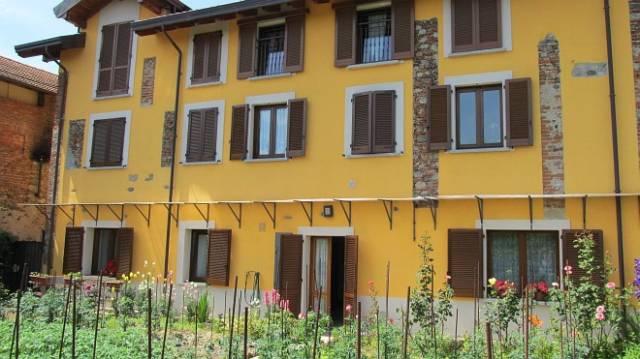 Appartamento in vendita a Cavaglio d'Agogna, 3 locali, prezzo € 75.000 | CambioCasa.it