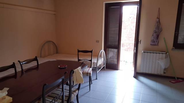 Appartamento in ottime condizioni in vendita Rif. 4198367