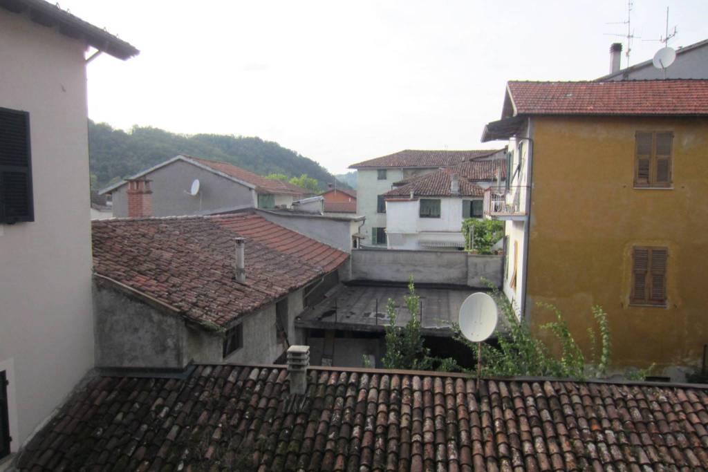 Appartamento in vendita a Gavi, 4 locali, prezzo € 70.000 | CambioCasa.it