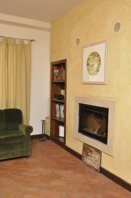 Appartamento in vendita a Gavi, 5 locali, prezzo € 230.000 | PortaleAgenzieImmobiliari.it