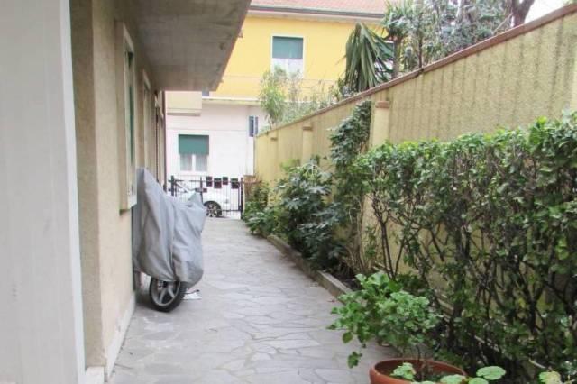 Appartamento in Vendita a Viareggio Rif.10788081