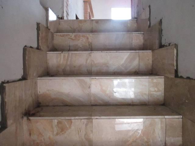 Rustico / Casale in vendita a Castelnuovo del Garda, 6 locali, prezzo € 115.000   Cambio Casa.it