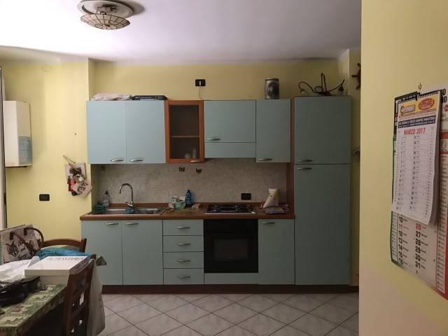 Appartamento in buone condizioni arredato in affitto Rif. 8758367