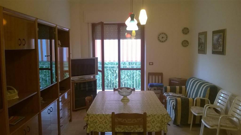 Appartamento in ottime condizioni in vendita Rif. 4460546