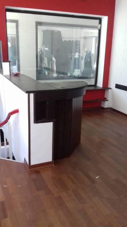 Negozio / Locale in affitto a Novi Ligure, 2 locali, prezzo € 400   CambioCasa.it