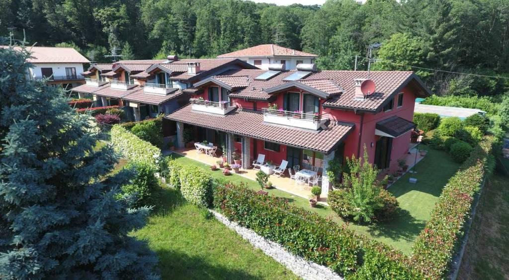 Villa a Schiera in vendita a Meina, 6 locali, prezzo € 590.000 | PortaleAgenzieImmobiliari.it