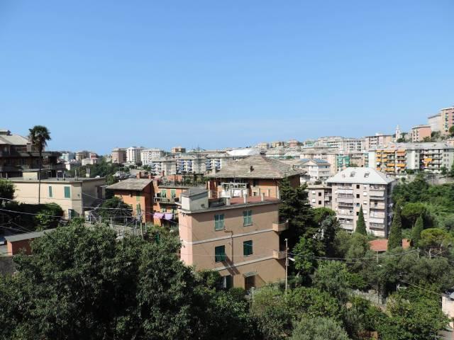 Immobile Residenziale in Vendita a Genova  in zona Periferia Est