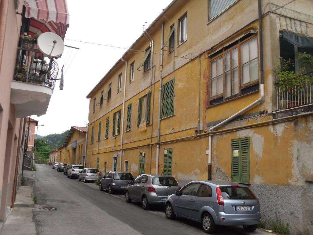 Appartamento da ristrutturare in vendita Rif. 4970485