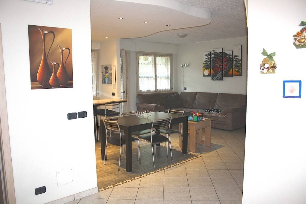 Appartamento in Vendita a Tione Di Trento Periferia: 4 locali, 111 mq