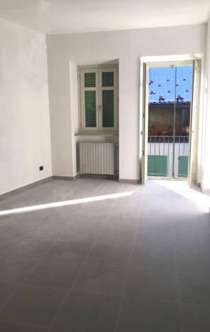 Appartamento in ottime condizioni in vendita Rif. 5033130