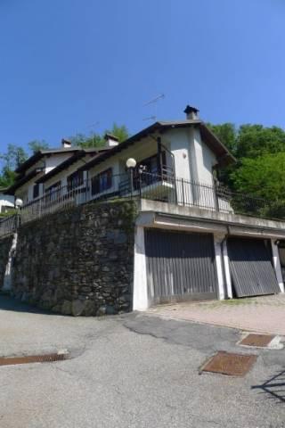 Villetta in Vendita a Meina Periferia: 5 locali, 150 mq