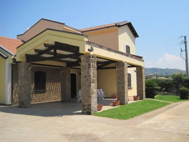 Villa in vendita a Castellabate, 5 locali, prezzo € 980.000 | Cambio Casa.it