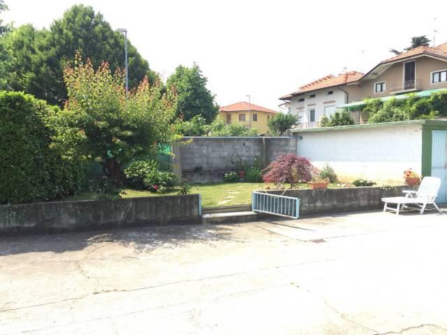 Soluzione Indipendente in vendita a Ponderano, 6 locali, prezzo € 249.000 | Cambio Casa.it