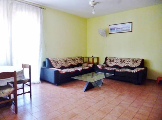 Appartamento da ristrutturare arredato in vendita Rif. 4534519