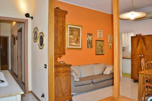 Appartamento in ottime condizioni in vendita Rif. 6817358