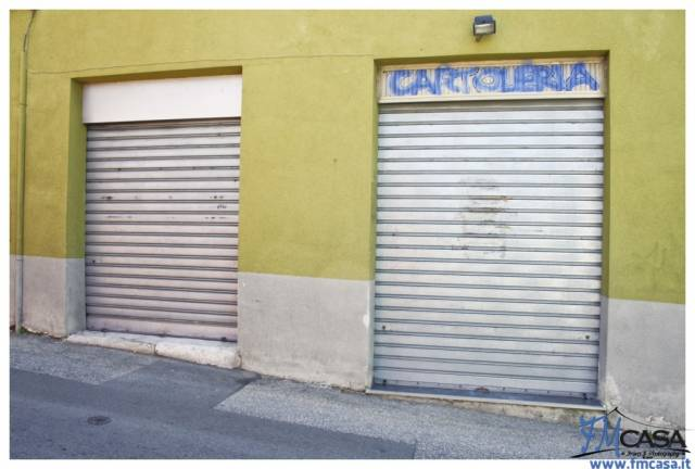 Immobile Commerciale in affitto a Trieste-https://res.getrix.it/media/ad/62511028/1/xs.jpg