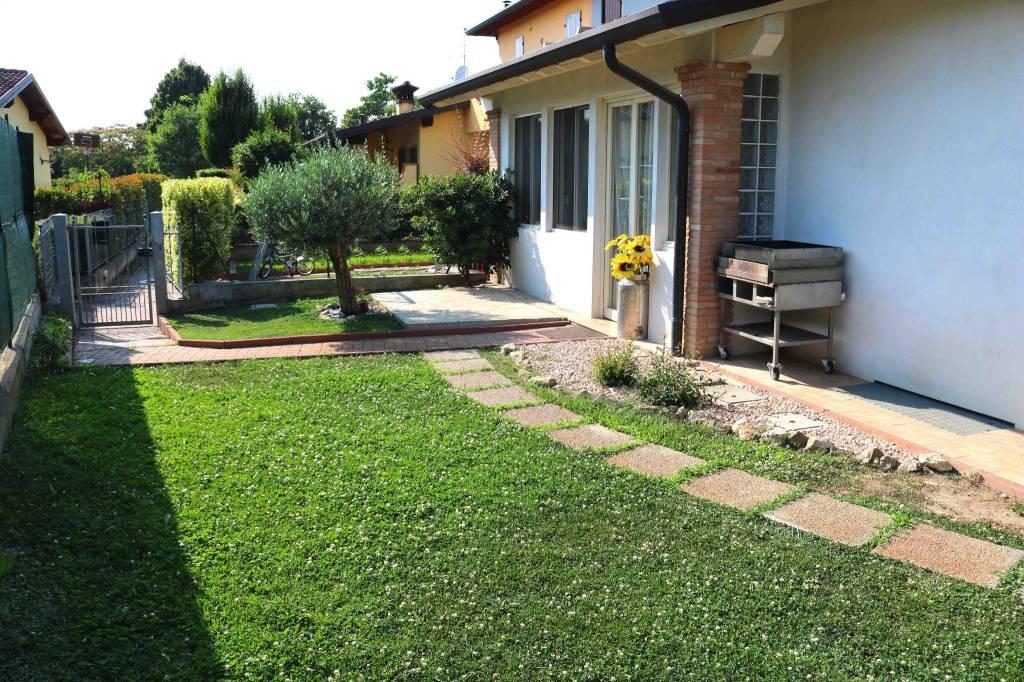 Villa a Schiera in vendita a Leno, 6 locali, prezzo € 210.000 | CambioCasa.it