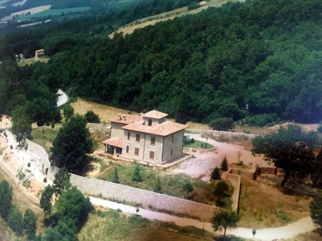 Villa 6 locali in vendita a Monticiano (SI)
