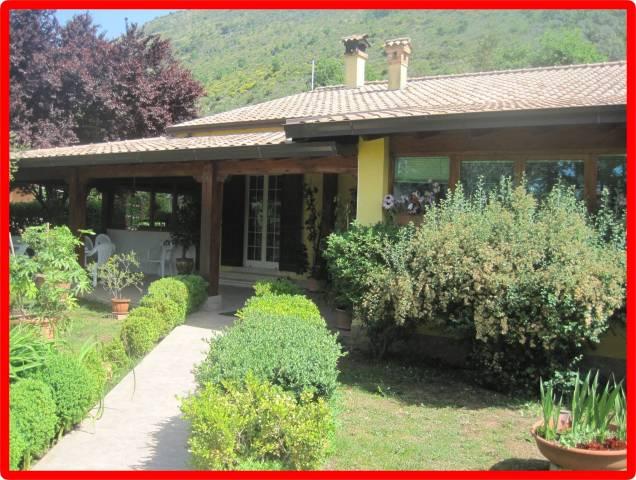 Appartamento in affitto a Castrocielo, 4 locali, prezzo € 500 | CambioCasa.it