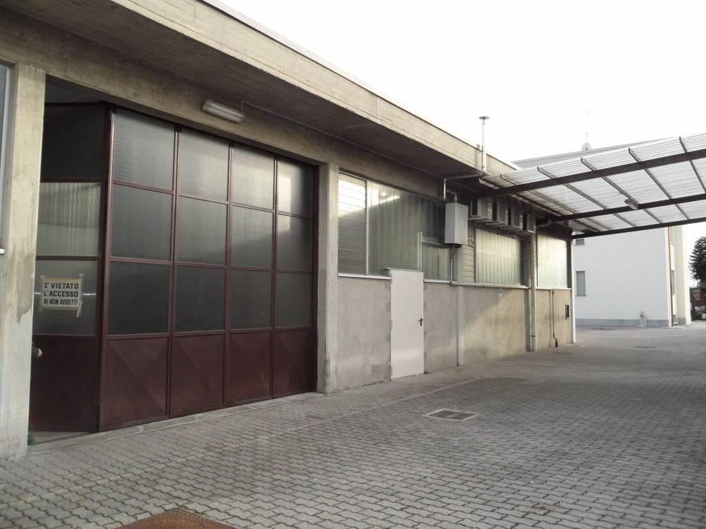 Capannone in vendita a Mariano Comense, 1 locali, prezzo € 285.000 | CambioCasa.it