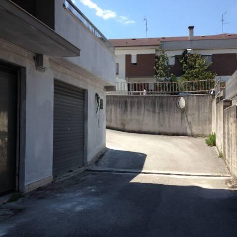 Locale commerciale ad Isernia in Via San Leucio Rif. 4272725