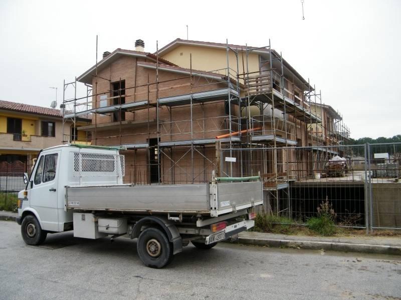 Appartamento in vendita a Castelbellino, 5 locali, prezzo € 200.000 | PortaleAgenzieImmobiliari.it
