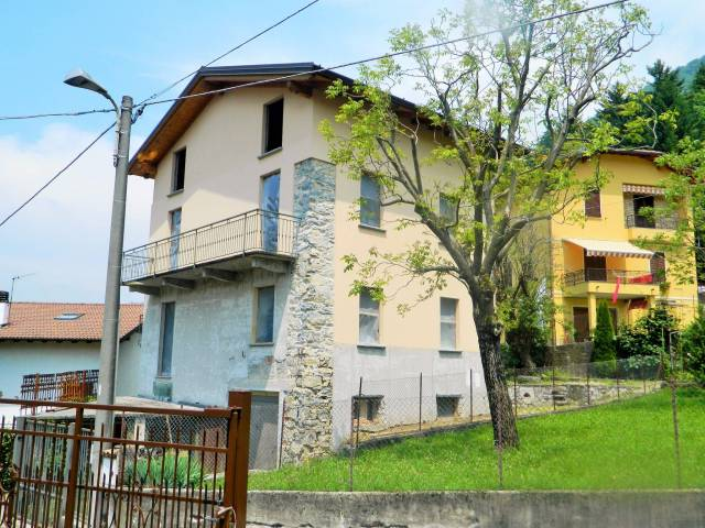 Villa in vendita Rif. 4937955