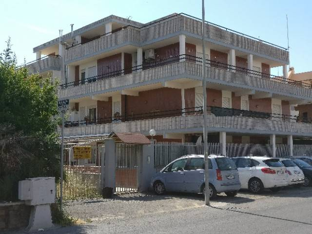 Palazzo / Stabile in vendita a Anzio, 9999 locali, prezzo € 1.500.000 | CambioCasa.it