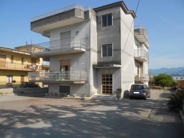 Appartamento in ottime condizioni in vendita Rif. 4248722