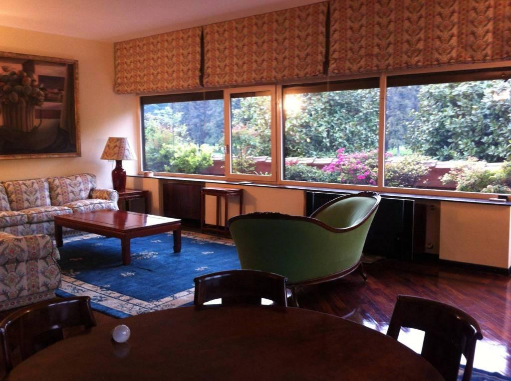 Appartamento in ottime condizioni arredato in affitto Rif. 4406854