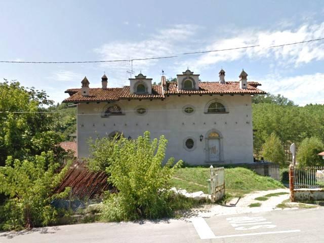 Villa in vendita a Monticello d'Alba, 6 locali, prezzo € 230.000 | Cambio Casa.it